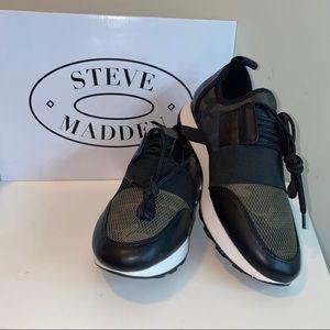 Steve Madden Shoes   Nib Steve Madden